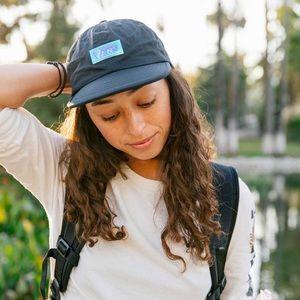 VANS Lizzie Iri Women's Hat Black AUTHENTIC